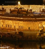 Beautiful Night view Photos of Golden Temple fully decorated with lights at Parkash Purb Sri Guru Ram Das Ji