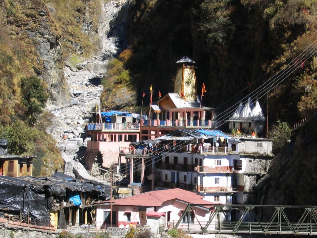 Information About Yamunotri Dham Famous Pilgrimage Temple