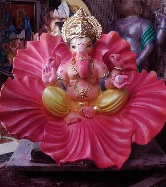 Shri Ganesh Hd Wallpaper: Lord Ganesha Beautiful Wallpapers Images Photos Pictures